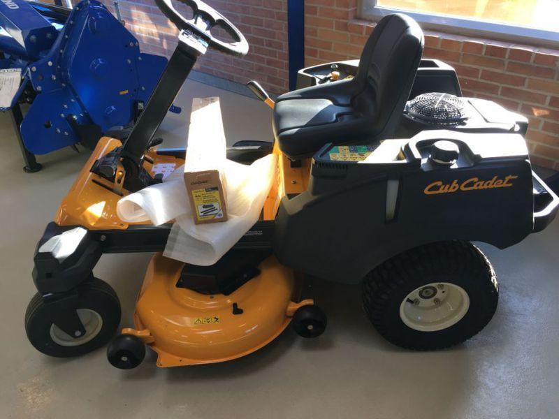Cub Cadet Turn Rider Gartentraktor / Mäher