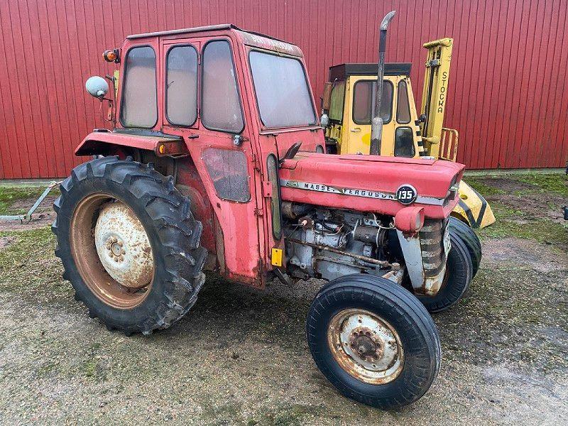 Massey Ferguson Traktor / Traktor