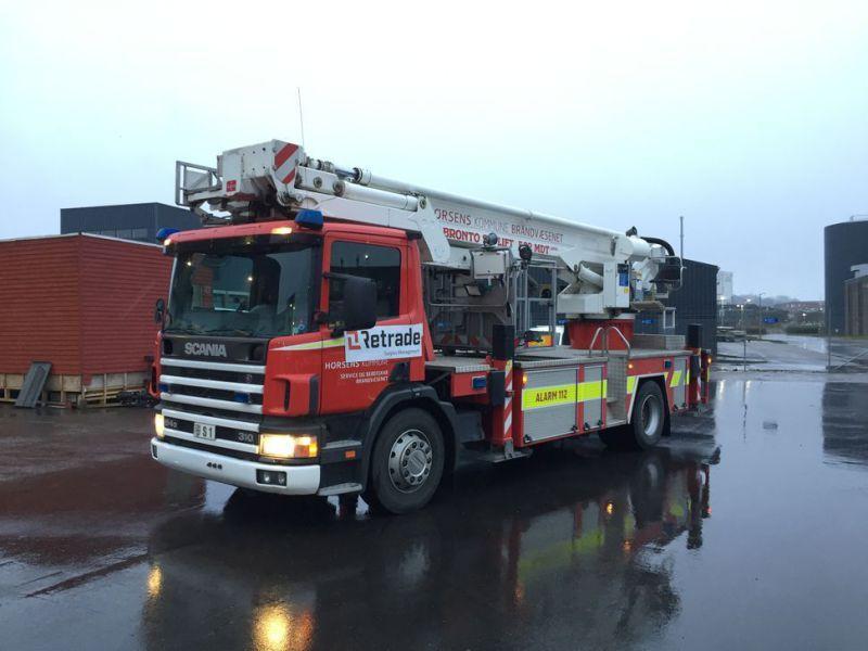 Scania P94 DB4x2 mit Bronto Lift / Truck mit Lift