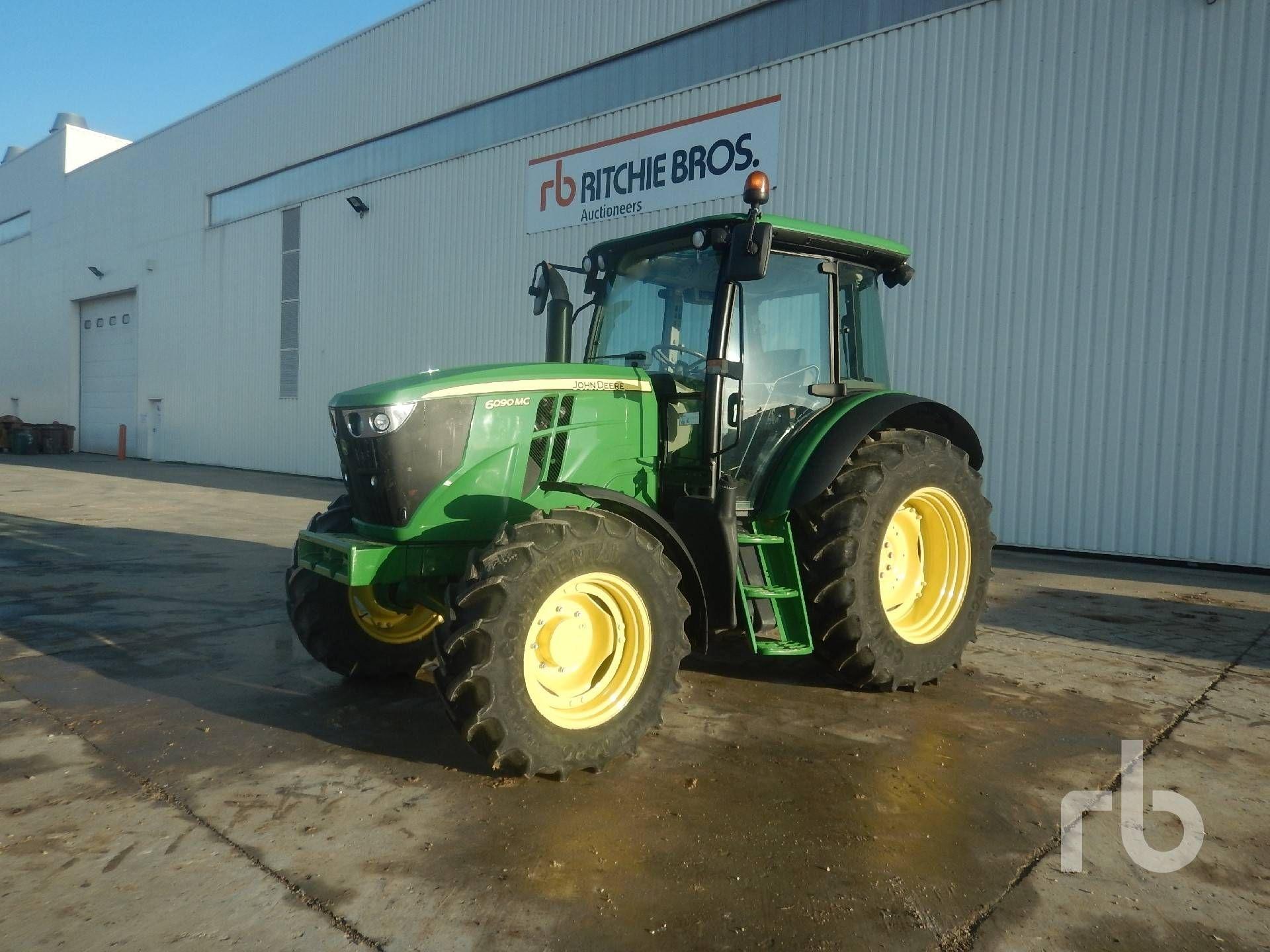 2014 JOHN DEERE 6090MC 4WD Landwirtschaftstraktor MFWD Traktor