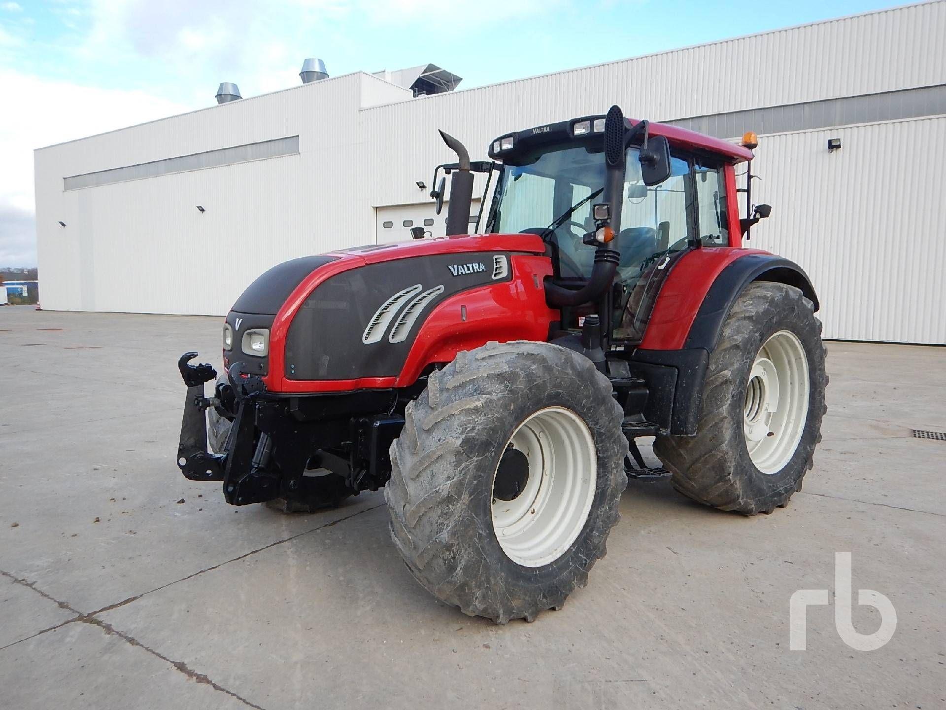 2010 VALTRA T182 4WD Landwirtschaftstraktor MFWD Traktor