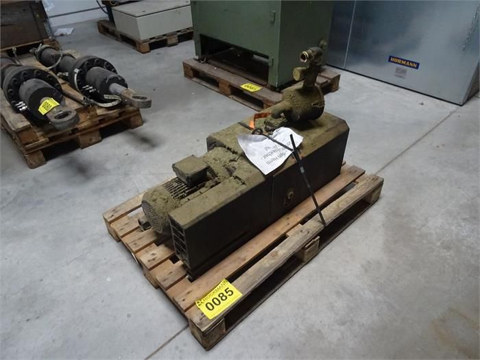 1 Vakuumpumpe BUSCH MINK MM 1104 BV