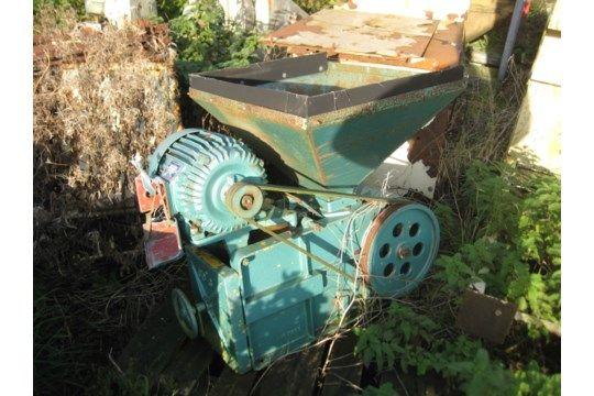 Bamford OC3 Getreidebrecher mit 4 kW Antrieb
