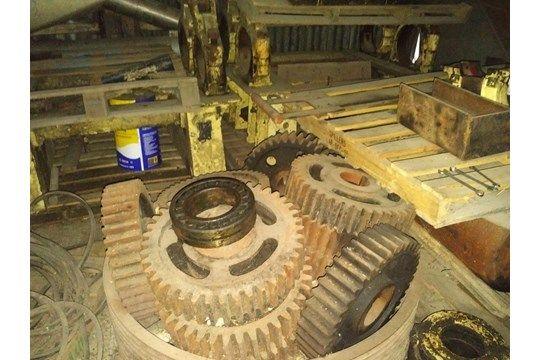 Ersatzteile für Flaking Mill (Einschließlich einer Rolle auf Fotos, aber ohne Rollenpaare).