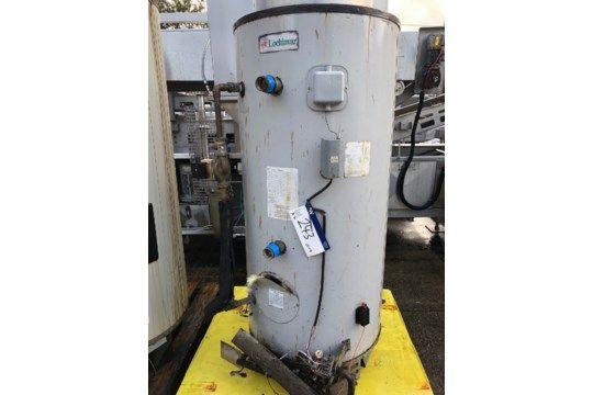 Zwei Lochinvar Gas-Warmwasserbereiter, Abmessungen