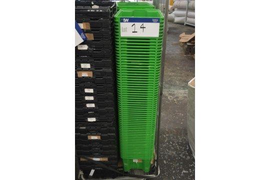 Ca. 65 Stapelbehälter aus Kunststoff