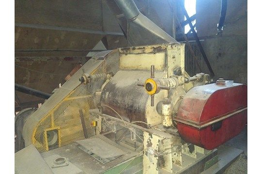 Turner Flaking Mill (vermutlich Turner), Elektromotor, Speisewalze mit Elektromotor