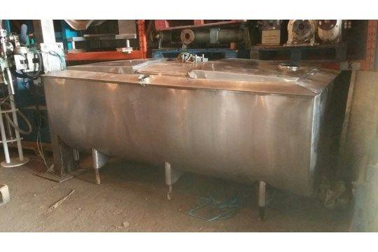 A.P.V. 1500L Dairy Tank, mit Edelstahldeckeln