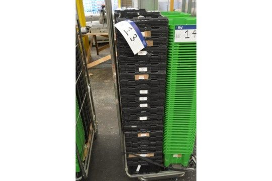 20 Stapelbehälter aus Kunststoff