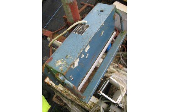 Hulme Martin Impact Heat Sealer, mit 350 mm Einarbeitung
