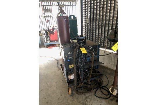 Miller Syncrowave 250 Welder, Lager 903056, Inklusive Miller Watermate 1 Kühlsystem, 4-Rad