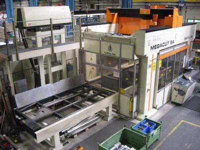 BALLIU MEGACUT 5 A 3-D Laserschneidanlage