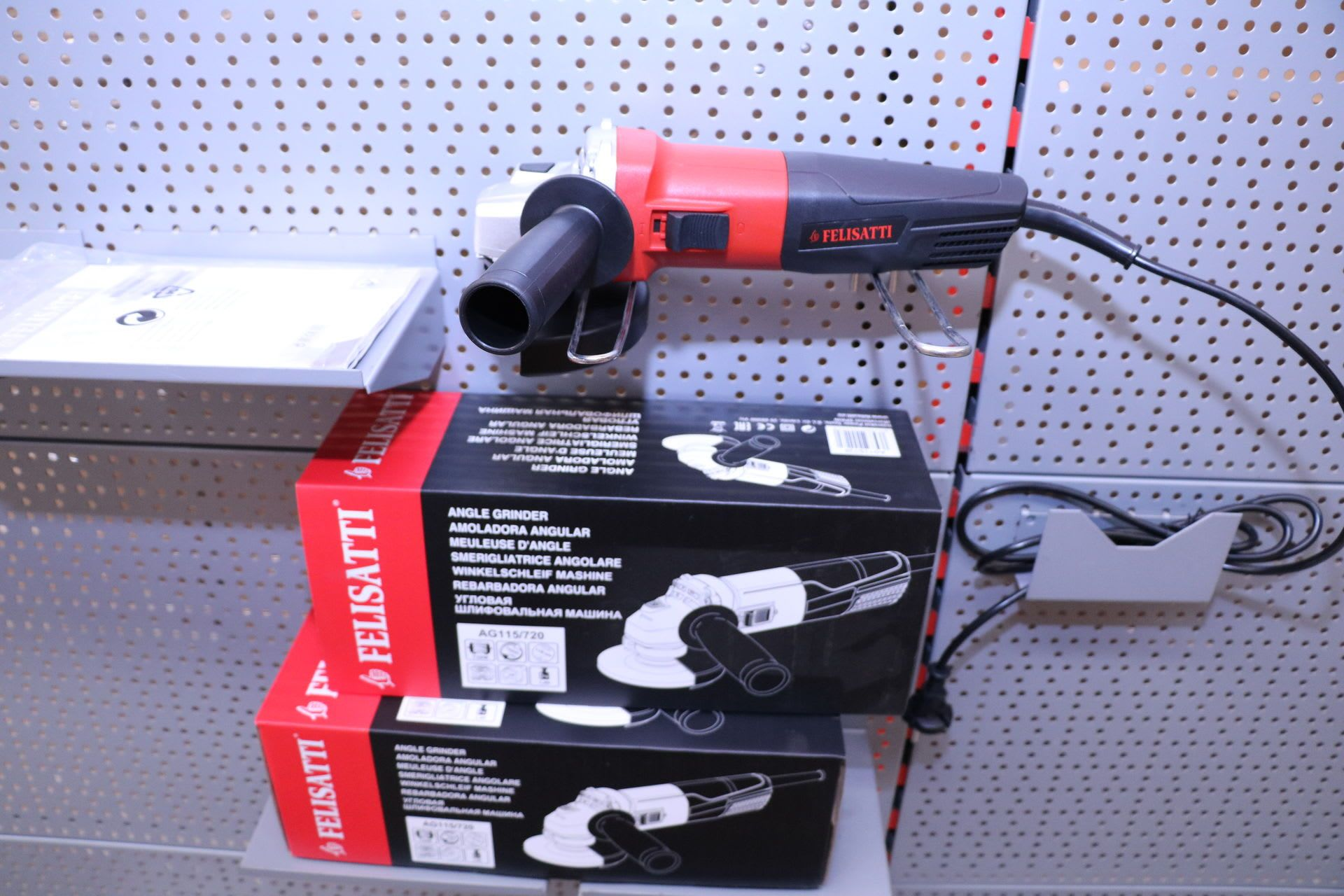 Amoladora angular FELISATTI AG 115 / 720 2