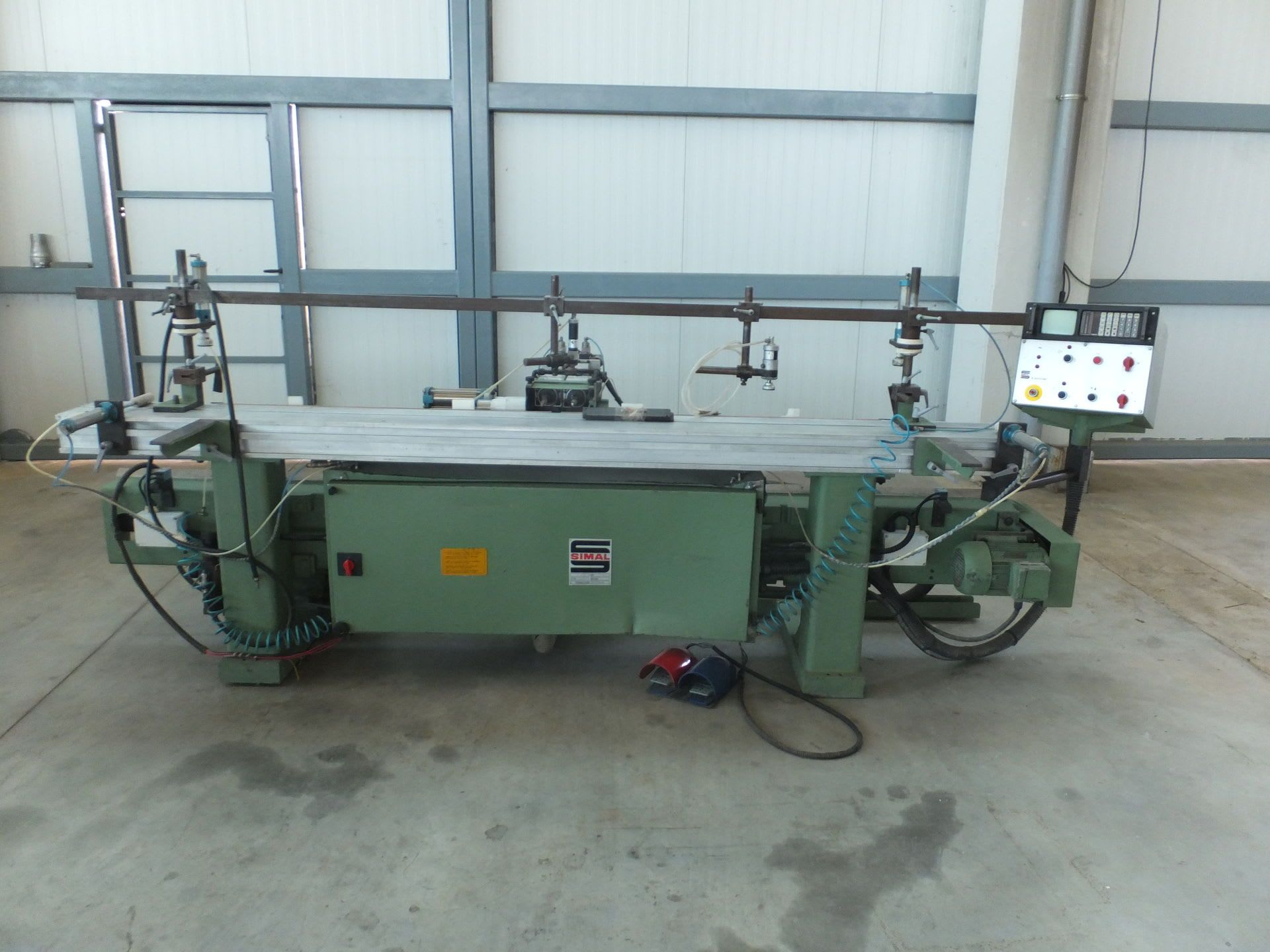 SIMAL S 2000 CNC CNC-Fräs- und Bohrmaschine
