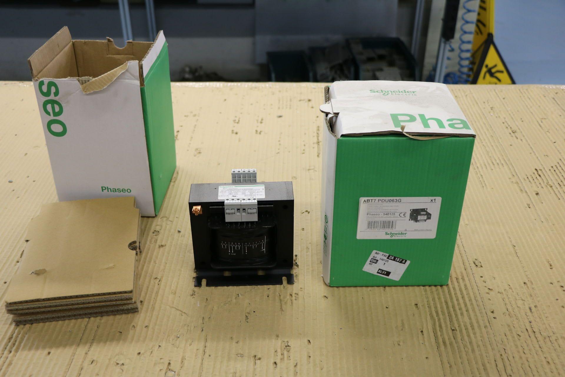 SCHNEIDER ABT 7 PDU 063 G 2 Transformatoren