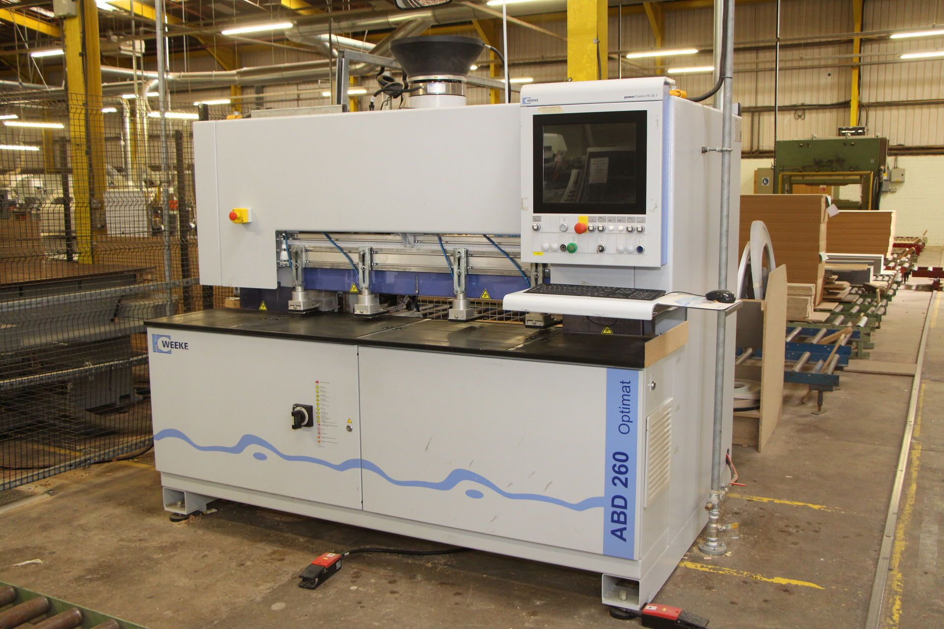 WEEKE ABD 260 CNC-Bohr- und Dübeleintreibmaschine