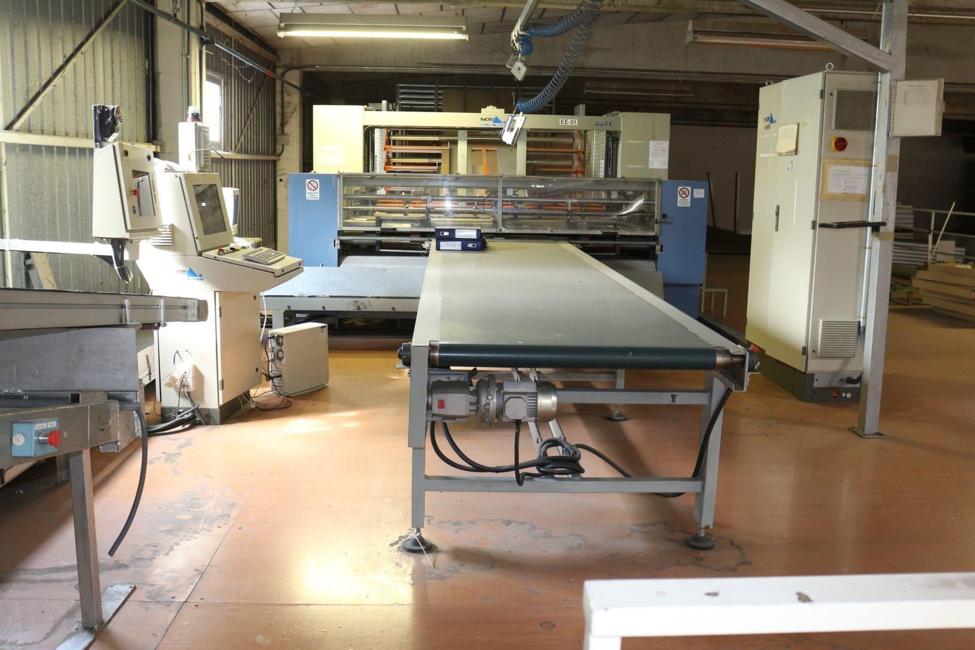 PANOTEC CR 8 AS 5 CL Kartonherstellungsmaschine