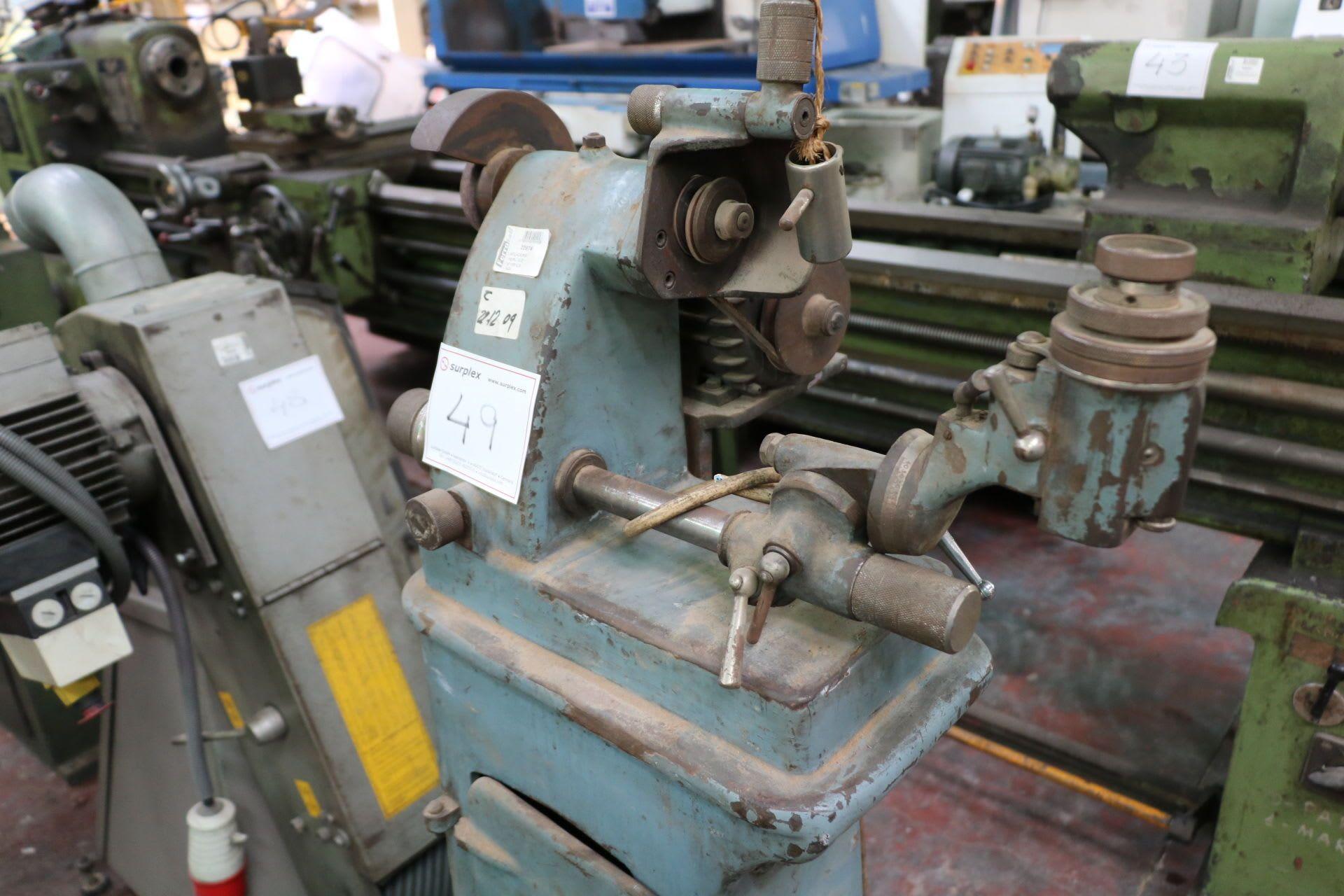 HERLUCE Stechbeitelschärfmaschine
