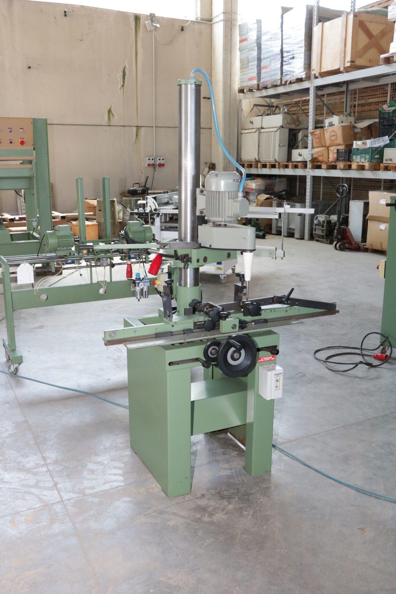 MARZANI Maschine zur Rolladenherstellung