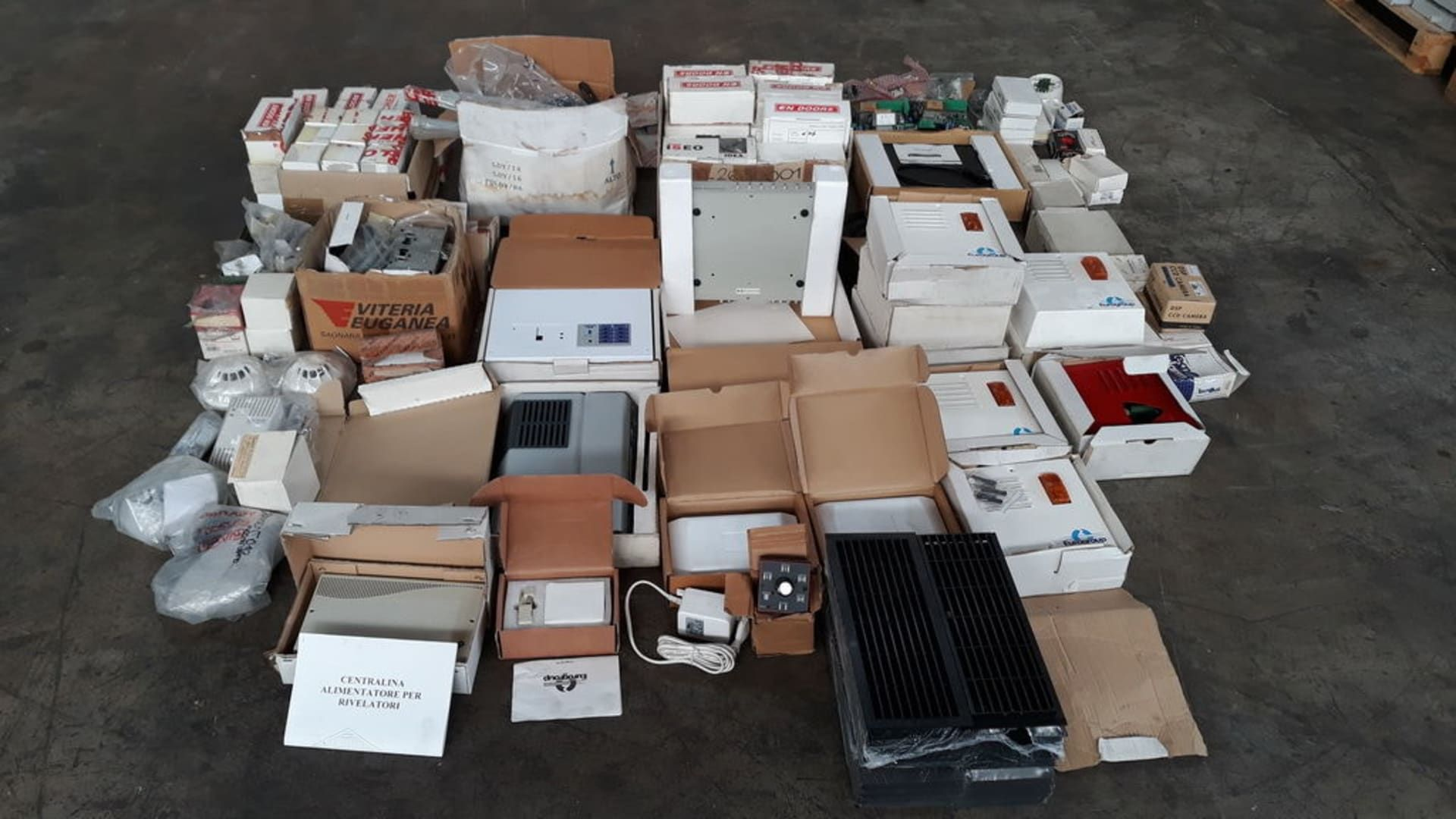 Posten Elektro-Komponenten