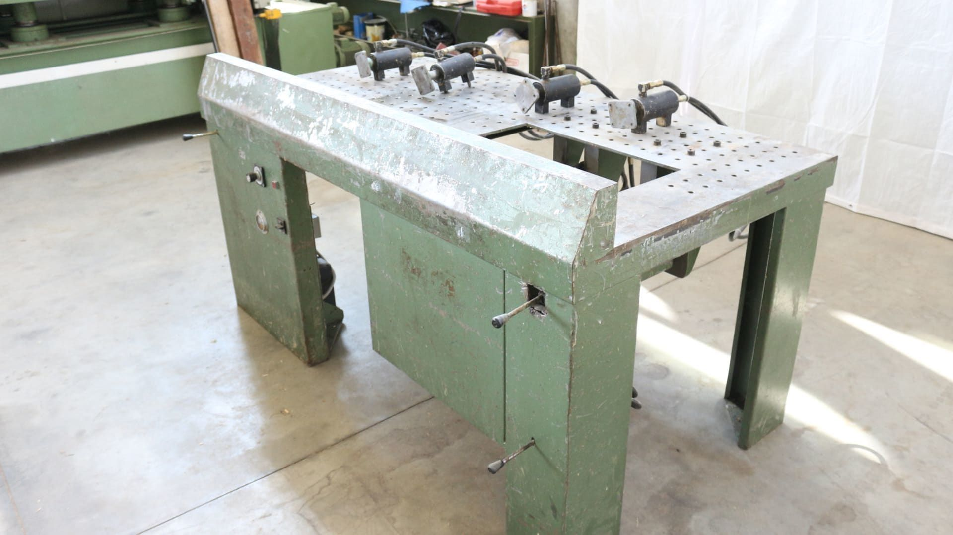 RAMARCH PH 66 Lochplatten-Hydraulikpresse für Stühle