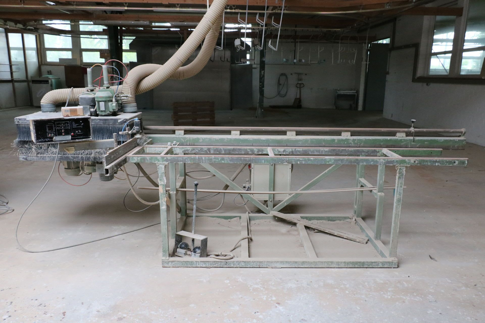 LÖWER FA 4 Bürstenschleifmaschine