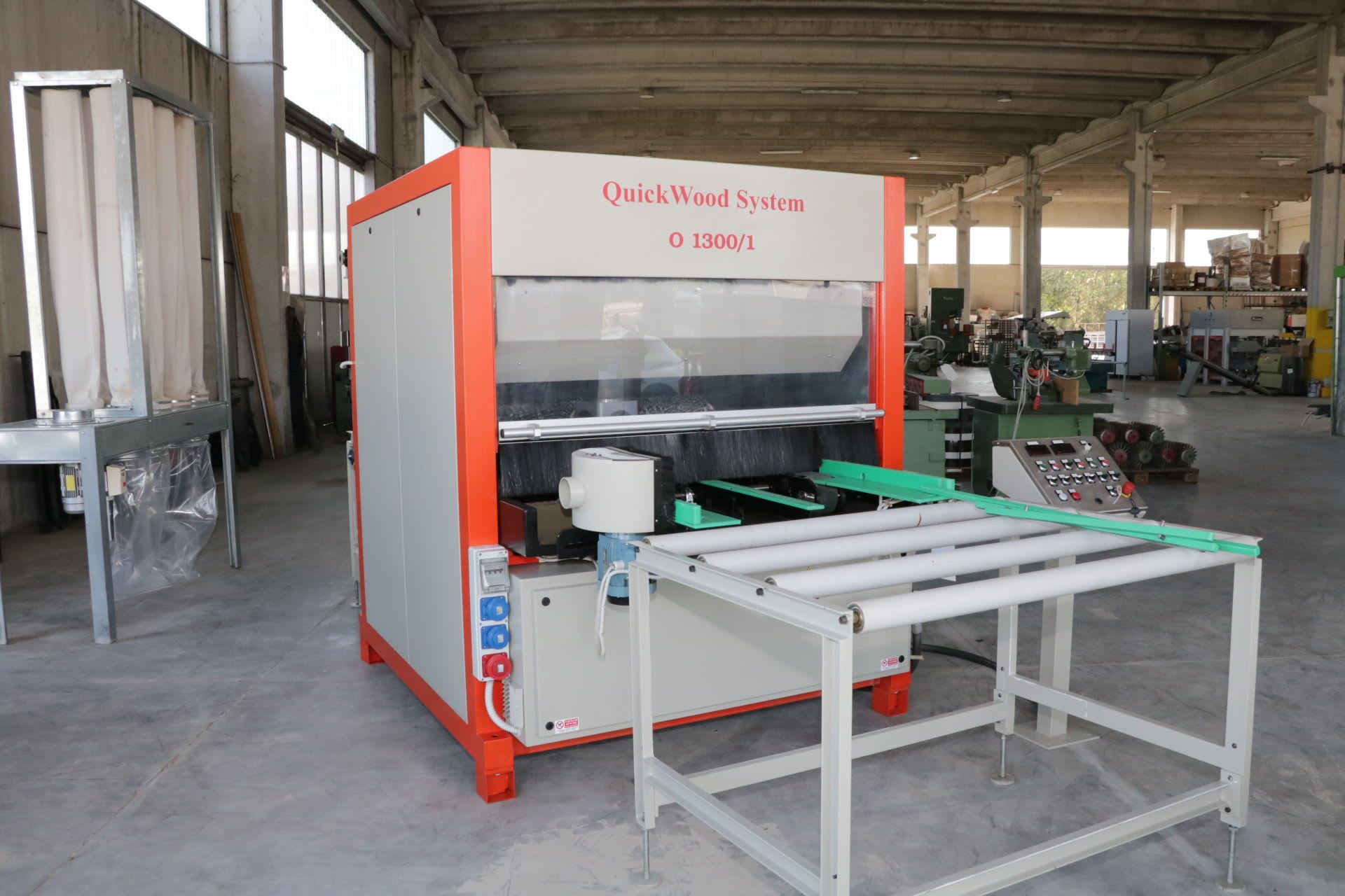 QUICK WOOD RO1300 / 1 Bürstmaschine