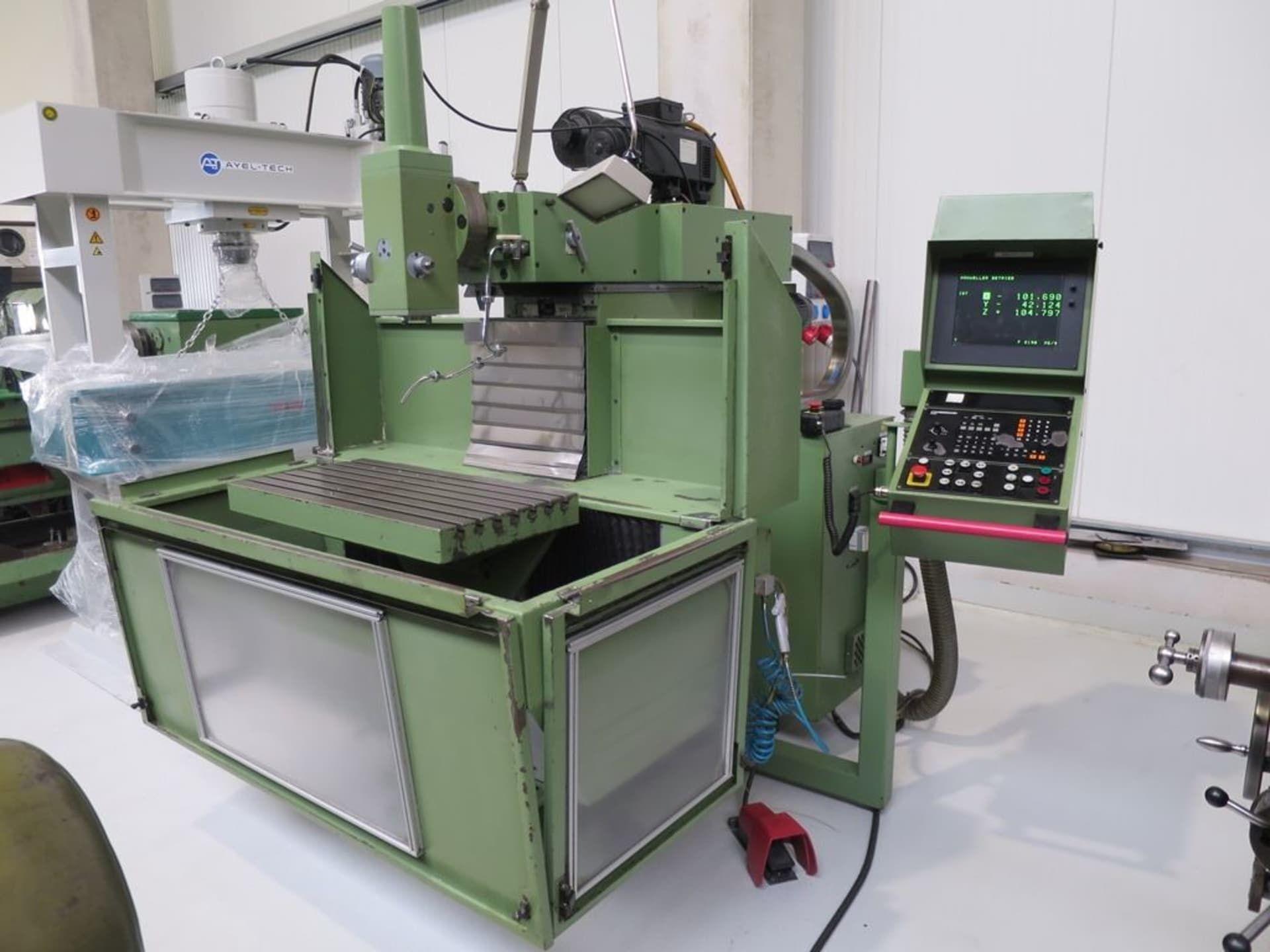 STANKO SMO 32 CNC-Werkzeugfräsmaschine