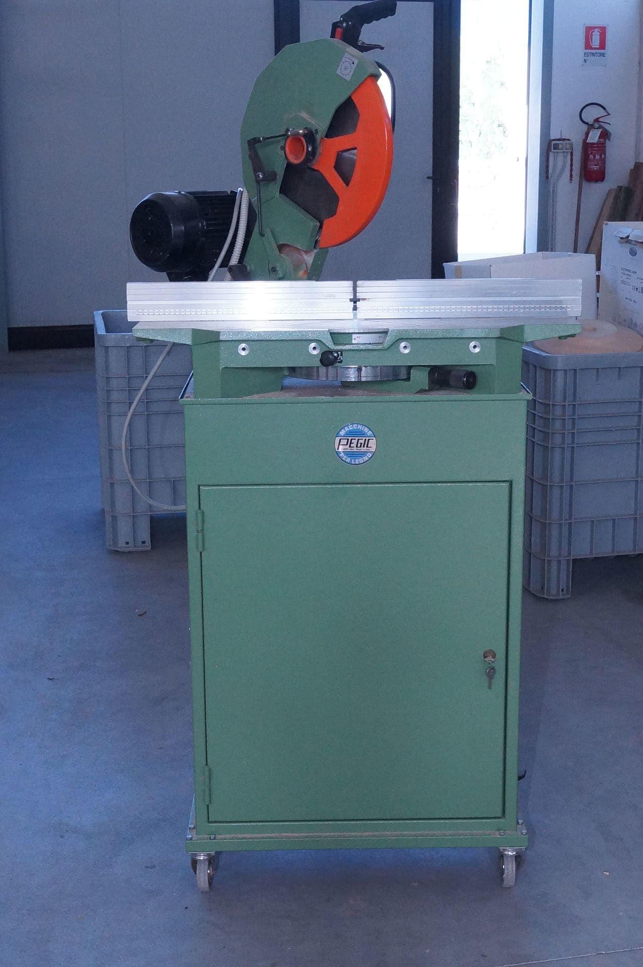 PEGIC GP 350 RT Schneidemaschine mit Werkbank