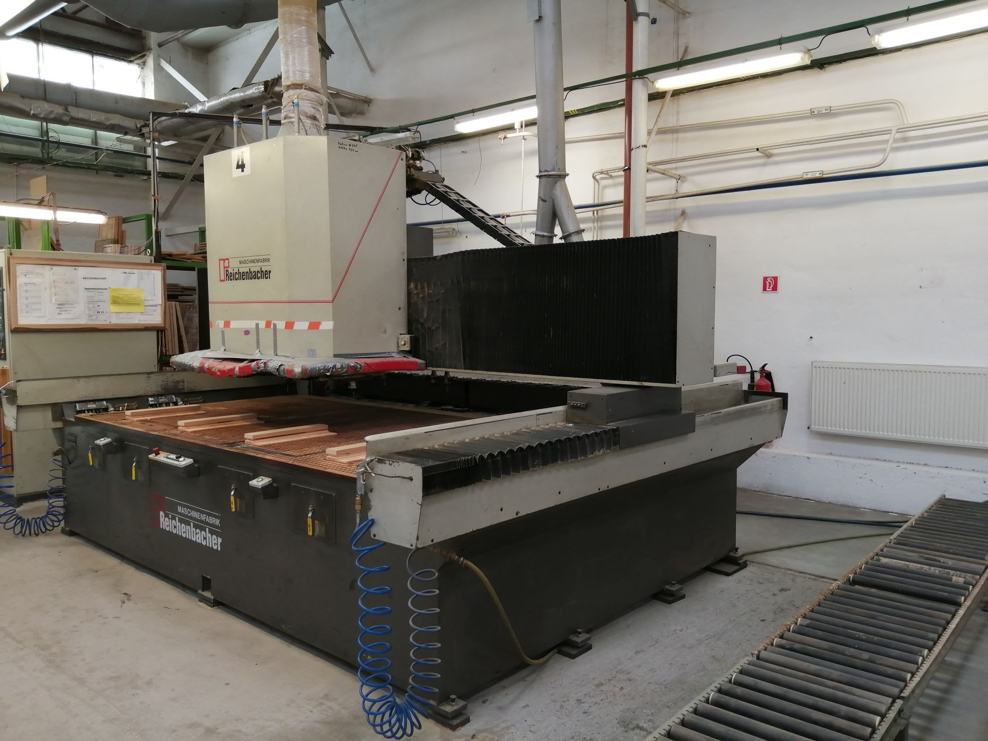 REICHENBACHER RANC 230 AMW CNC-Bearbeitungszentrum