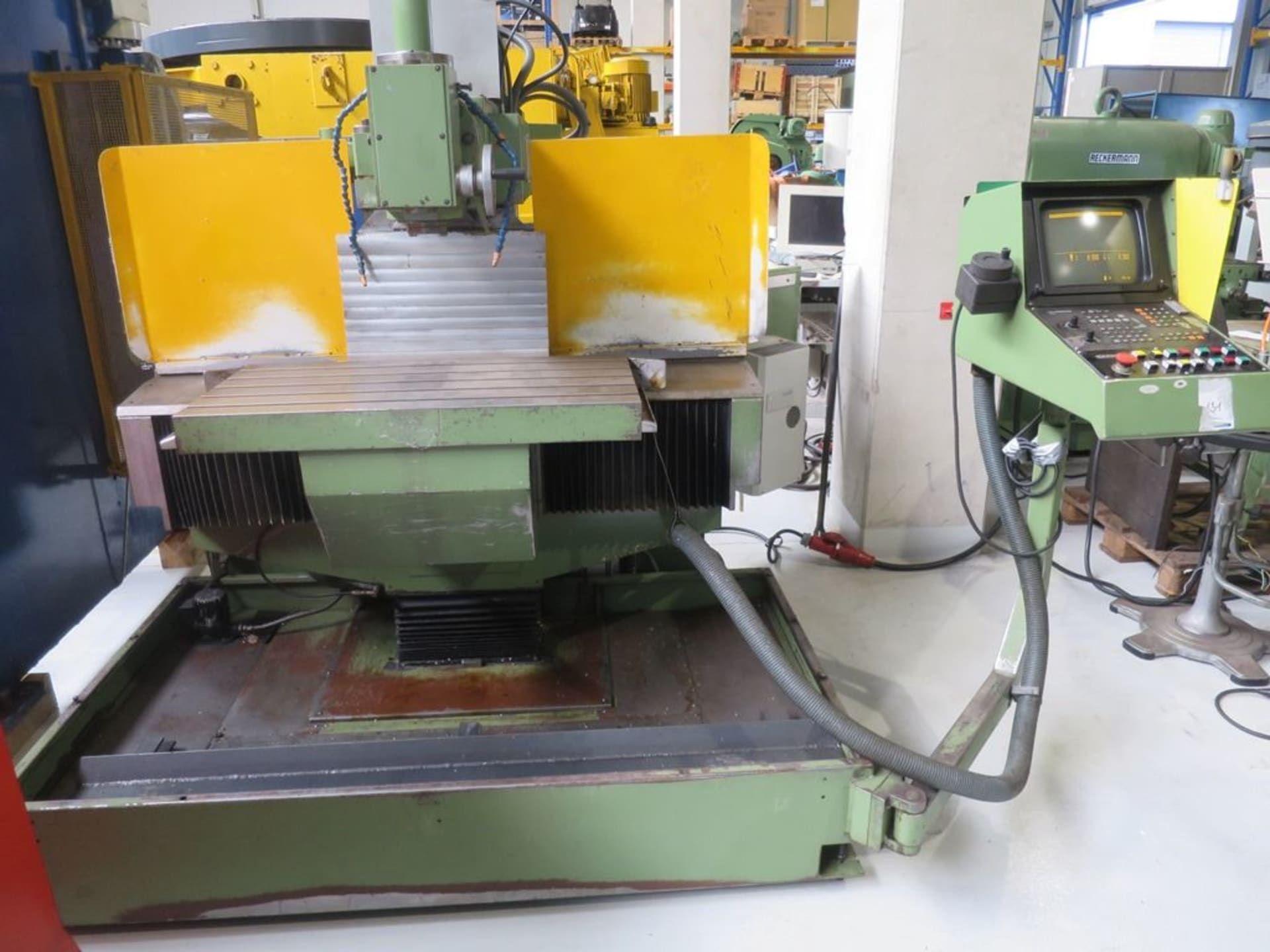 KLOPP UW1 - CNC Werkzeugfräsmaschine