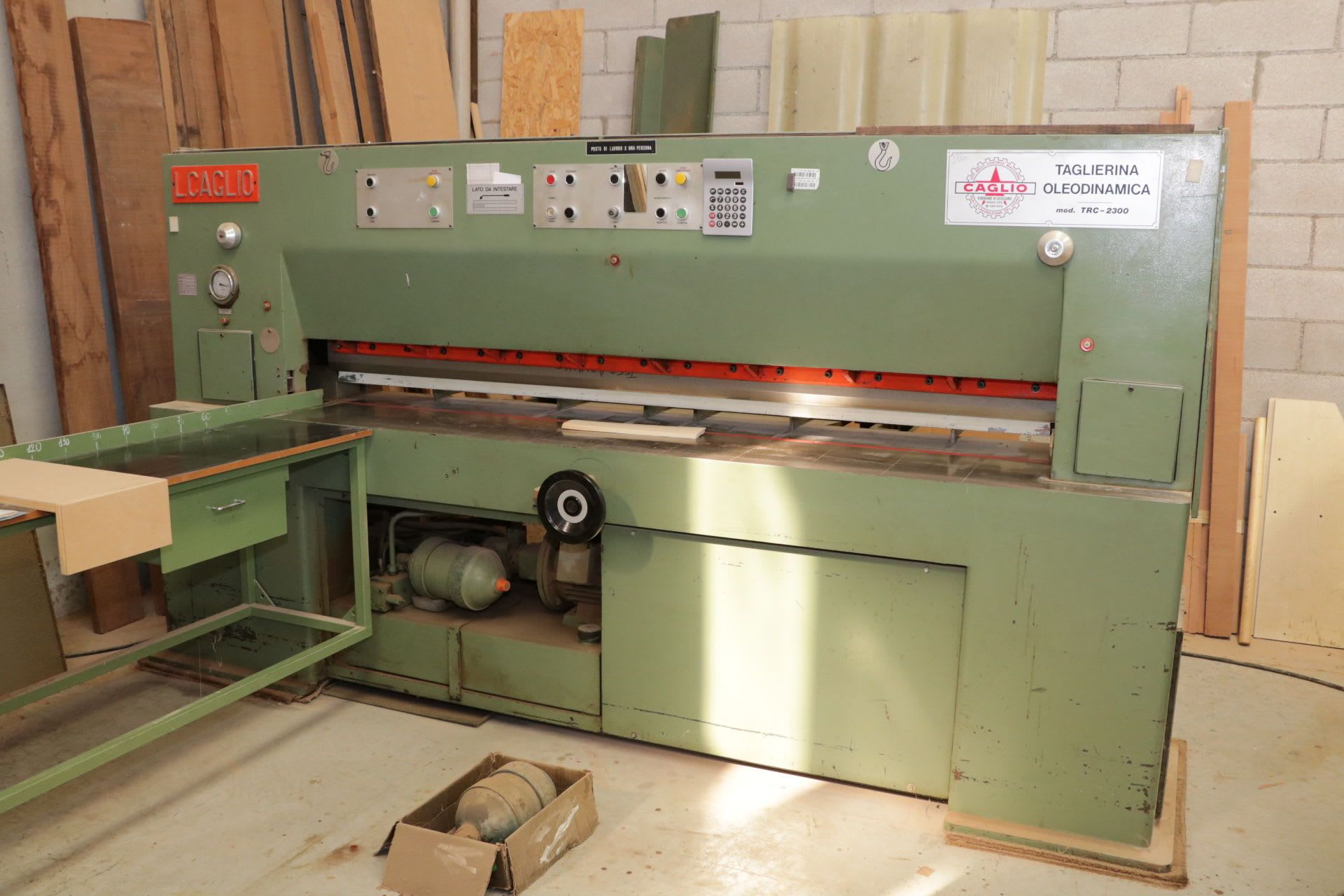 CAGLIO TRC-2300 Furnierschneidemaschine