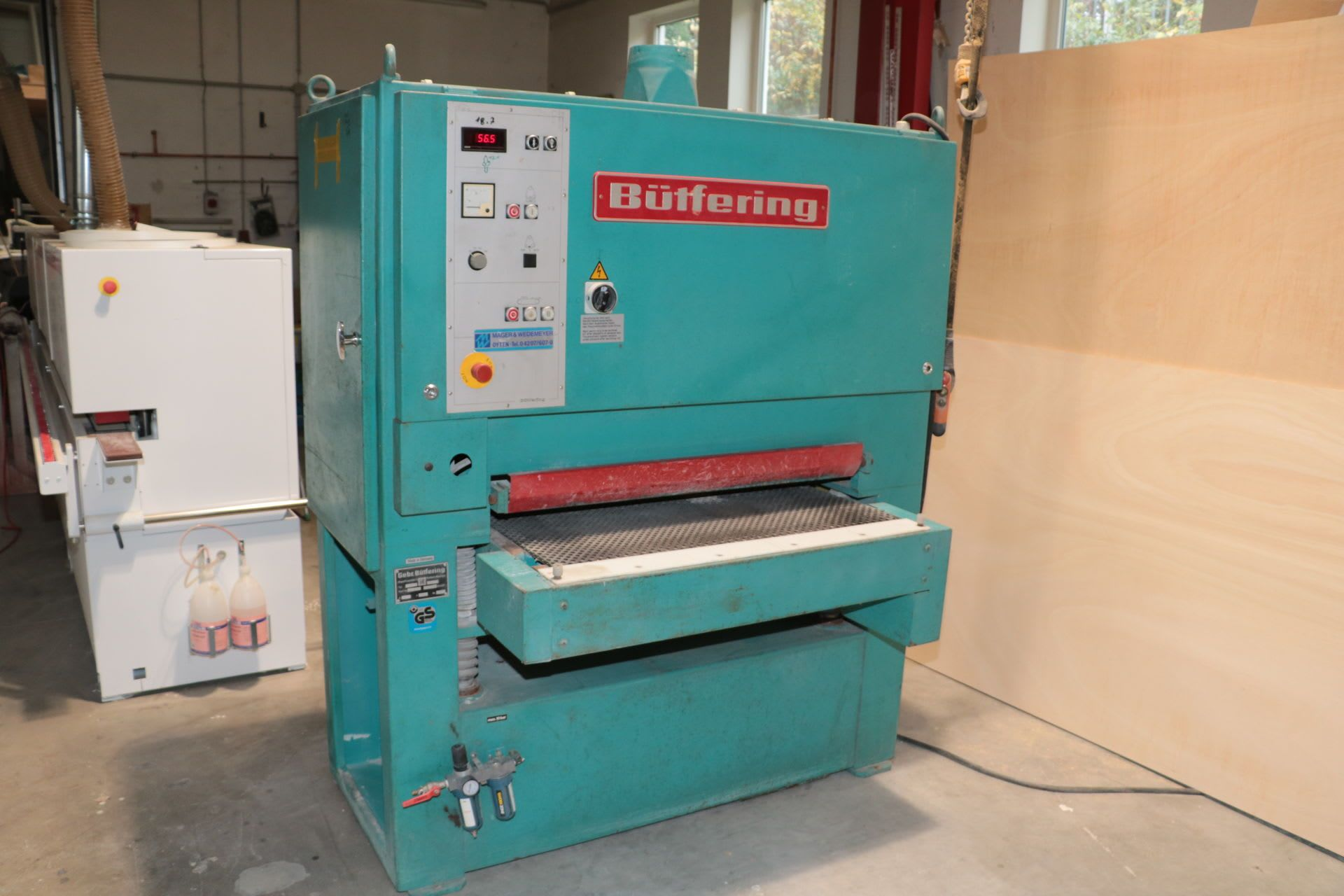 BÜTFERING ECO 950 Breitbandschleifmaschine