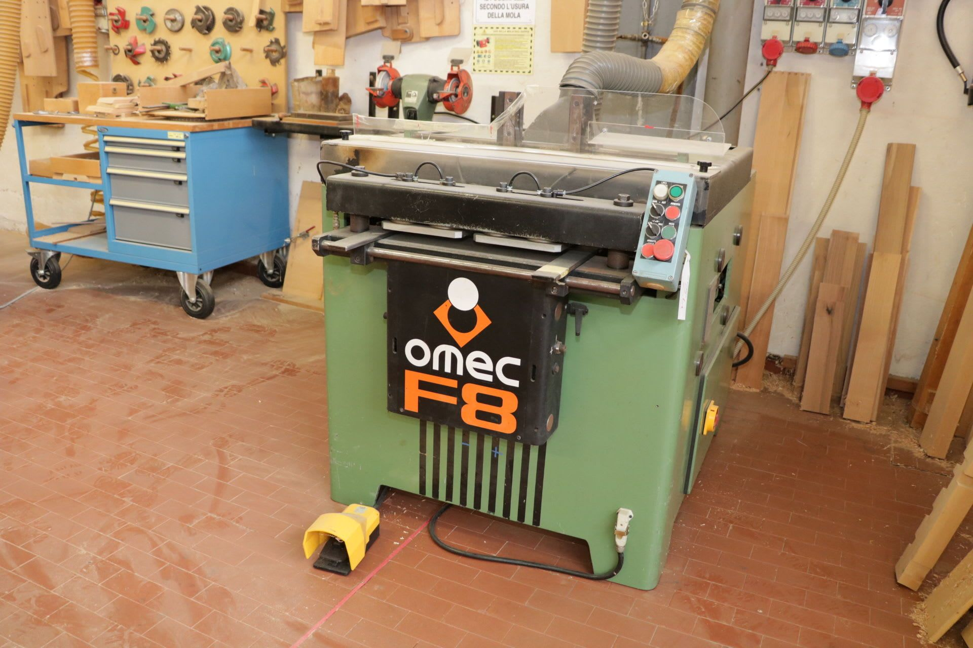 OMEC F8 Keilzinkenfräse