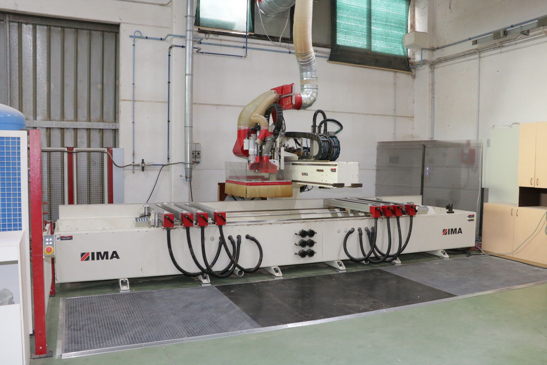 IMA-BIMA 410/V/400 CNC-Bearbeitungszentrum