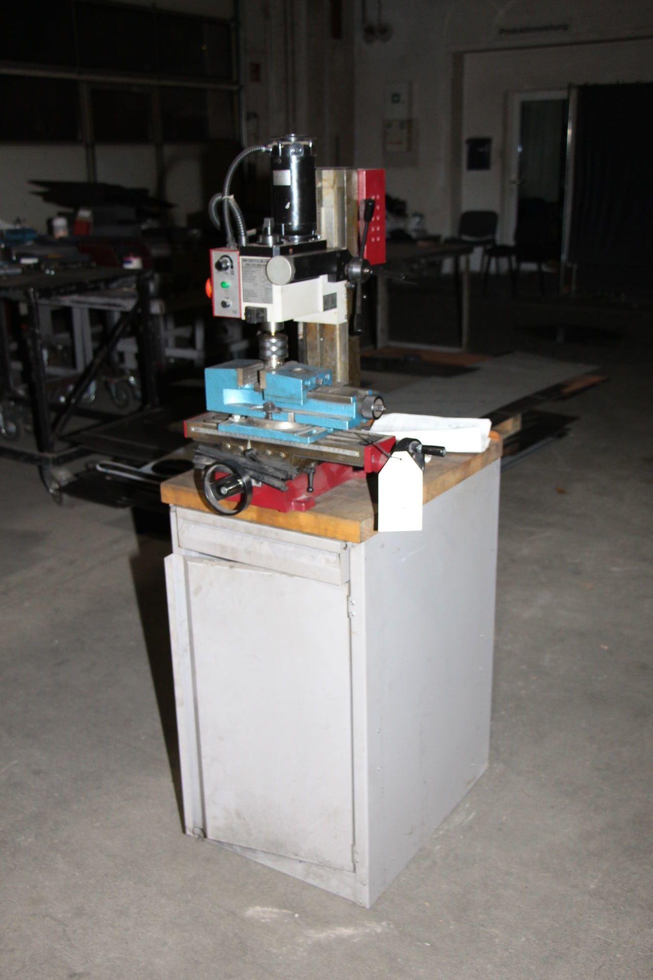 Mini-Fräsmaschine