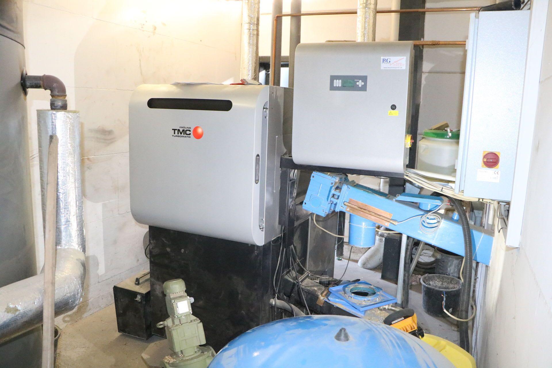 FRÖLING TMC 70-100 Hackschnitzelheizung mit Beschickung, Bunkeraustragung