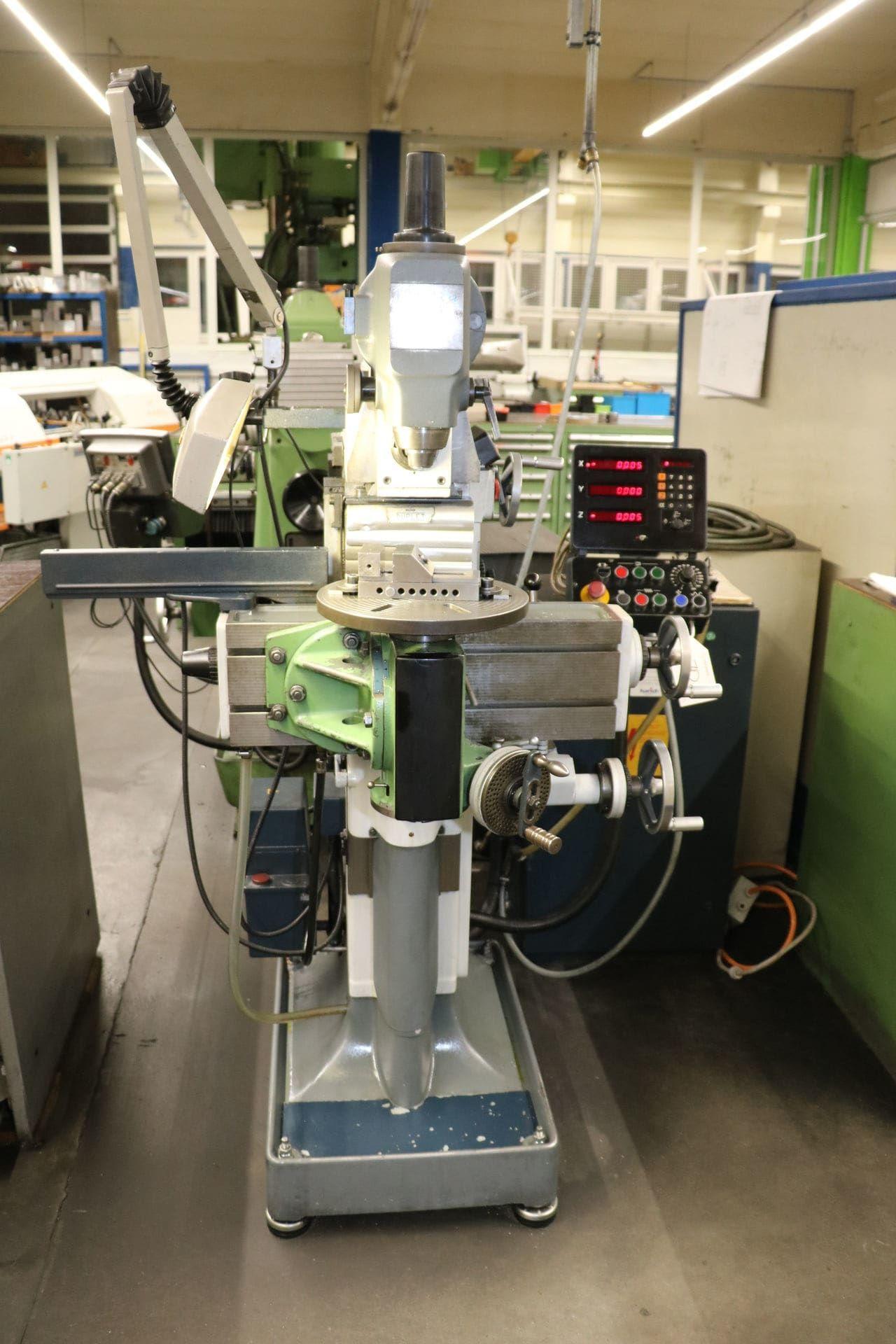 DECKEL FP 1 Universal-Werkzeugfräsmaschine