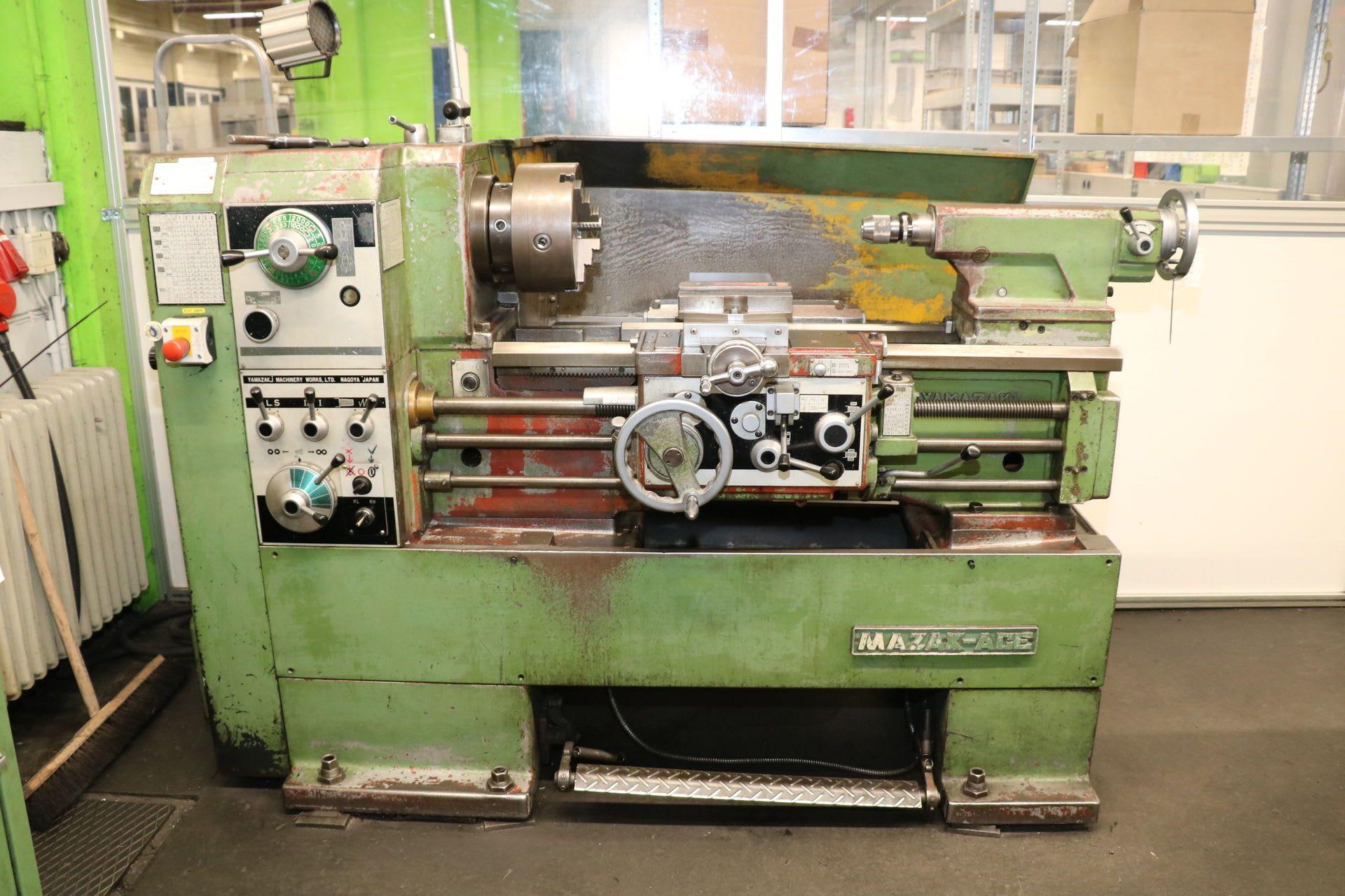 ACE 17 x 600 G Leit- und Zugspindeldrehmaschine