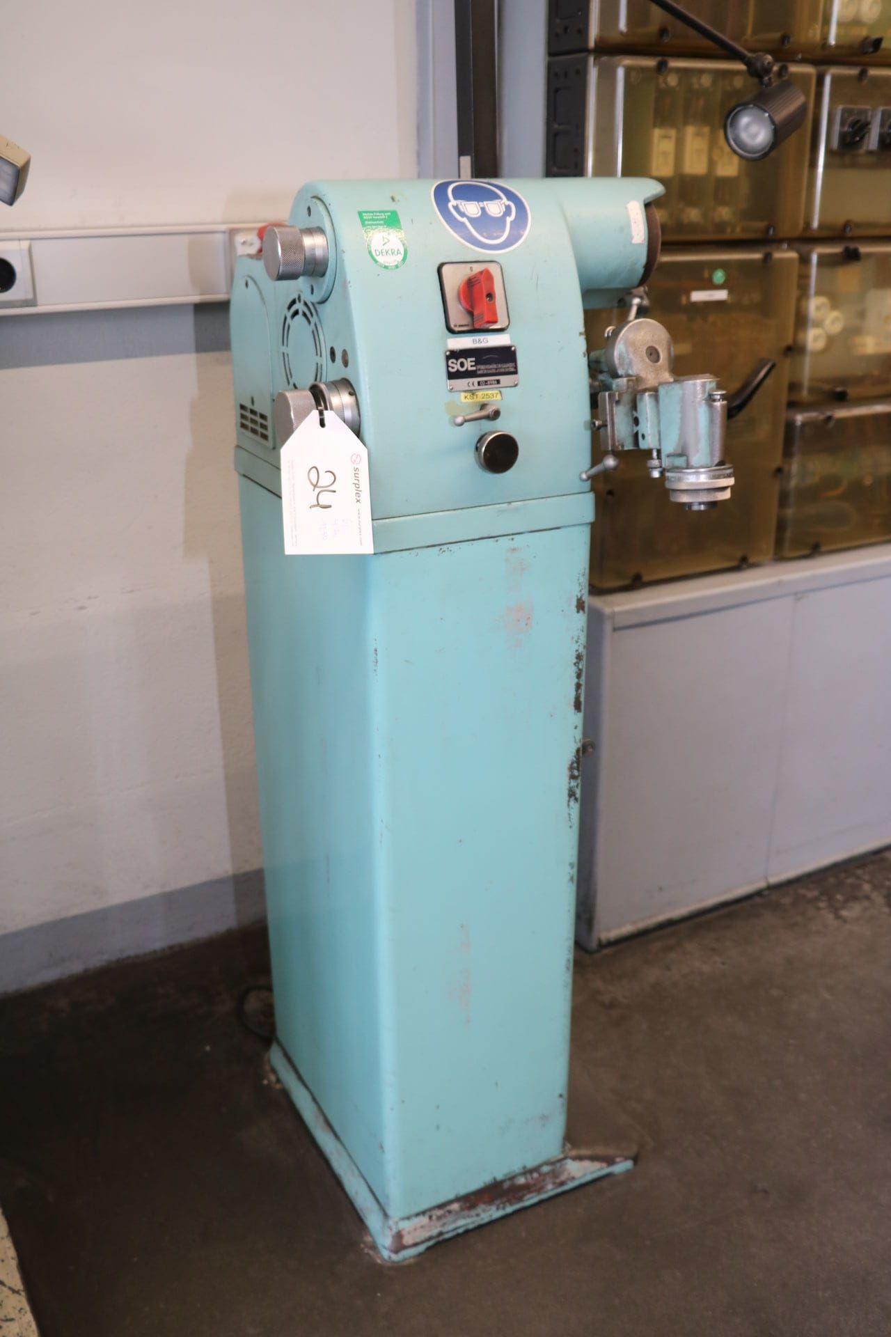 MICHAEL DECKEL S 0 E Werkzeugschleifmaschine