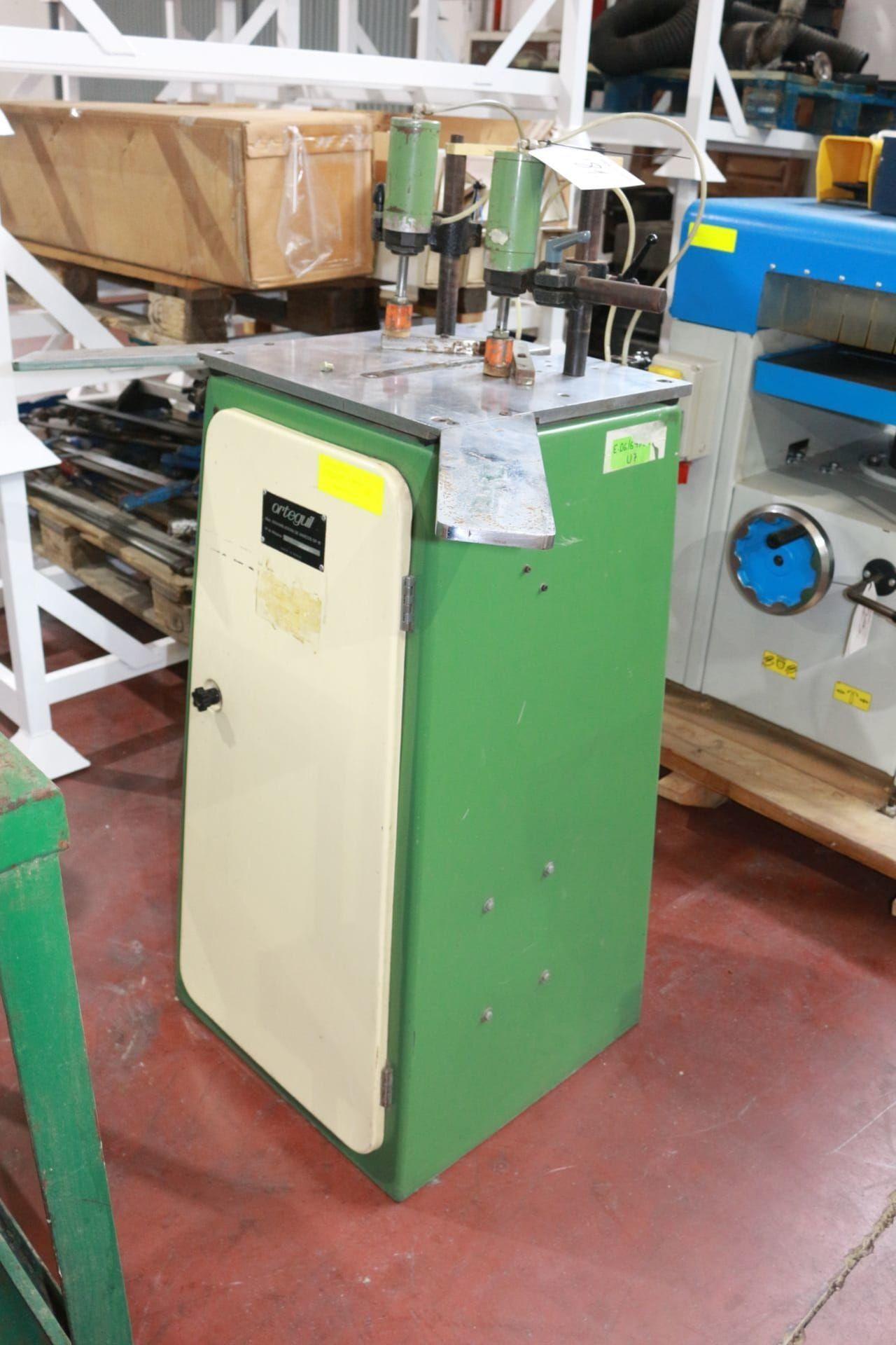 ORTEGUIL GP 81 Pneumatische Montagemaschine für Rahmen