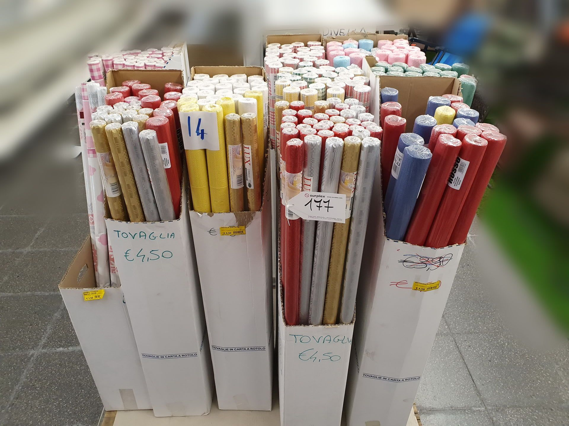 Posten Einweg-Tischdecken
