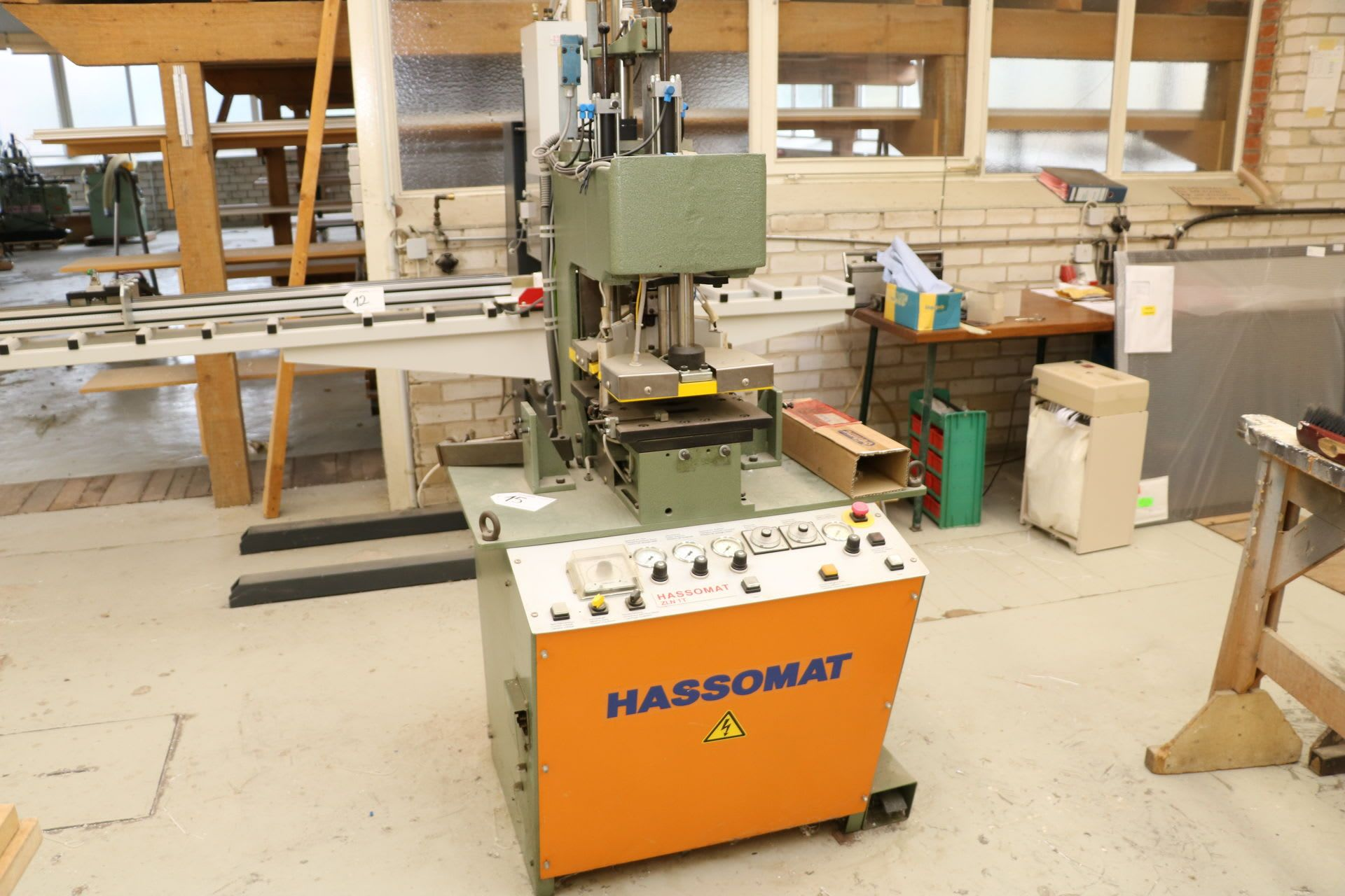 HASSOMAT ZLN 1 T Klinkschnitt-Schweißmaschine