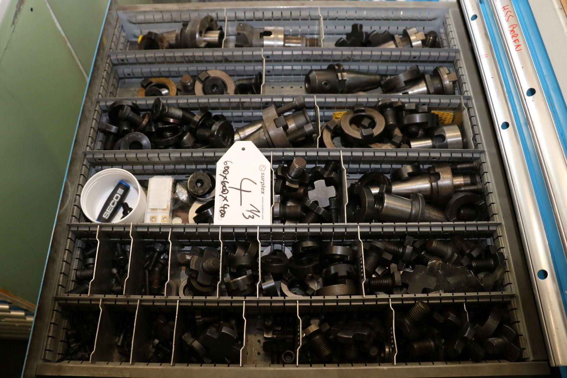 Posten Maschinenwerkzeuge und Werkzeugaufnahmen