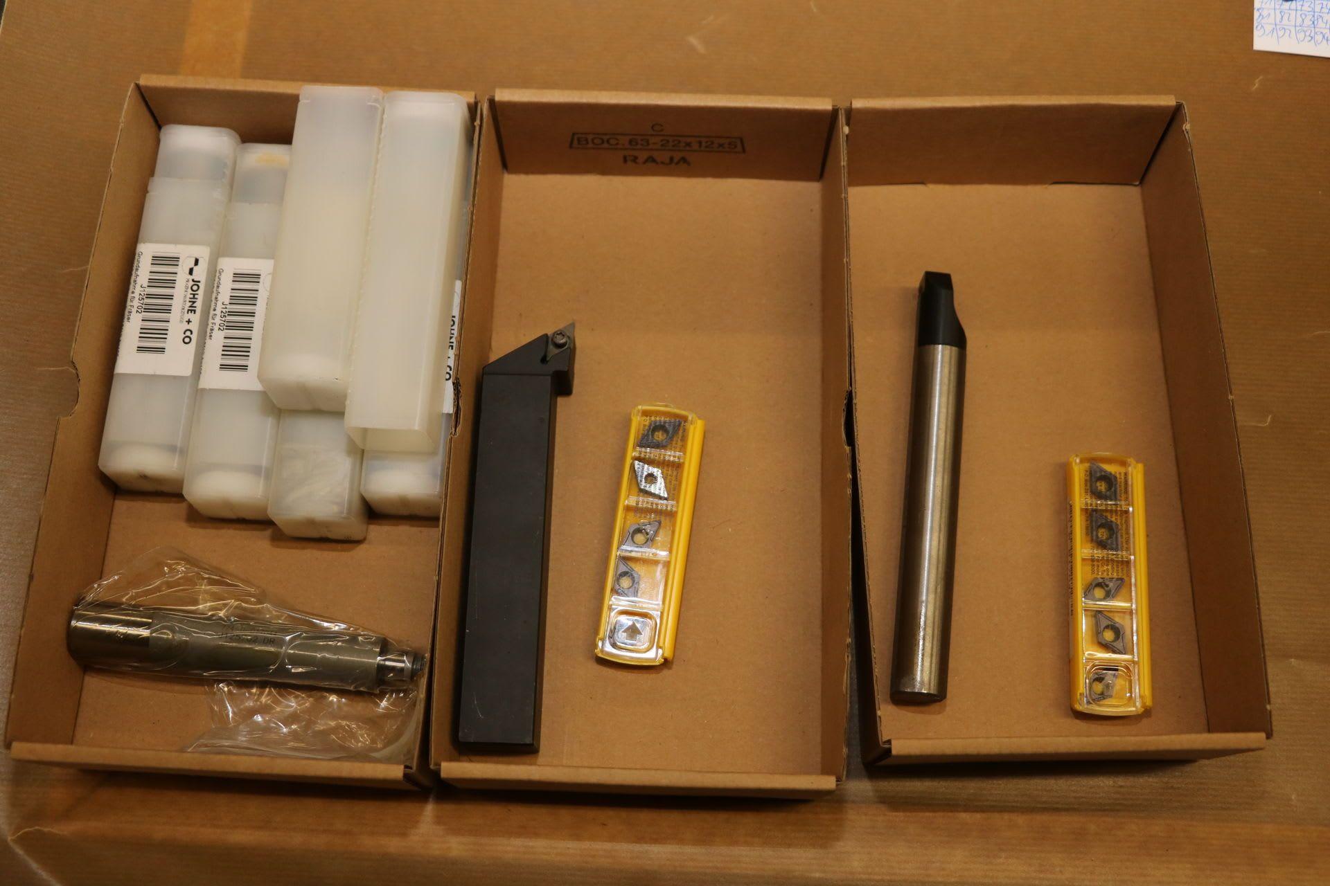 Posten Drehmeißel und Werkzeugaufnahmen