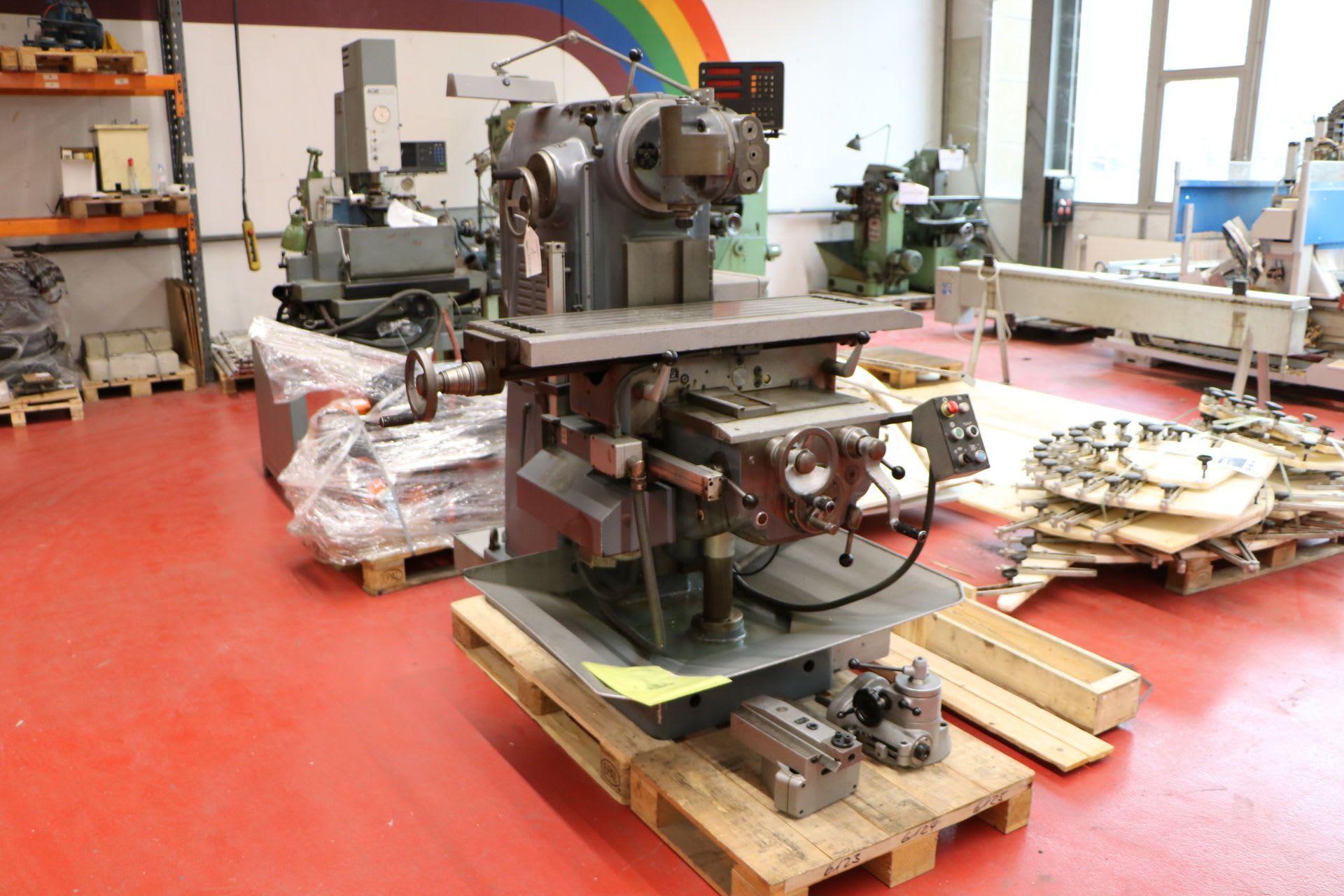 SCHAUBLIN 53N Universalfräsmaschine