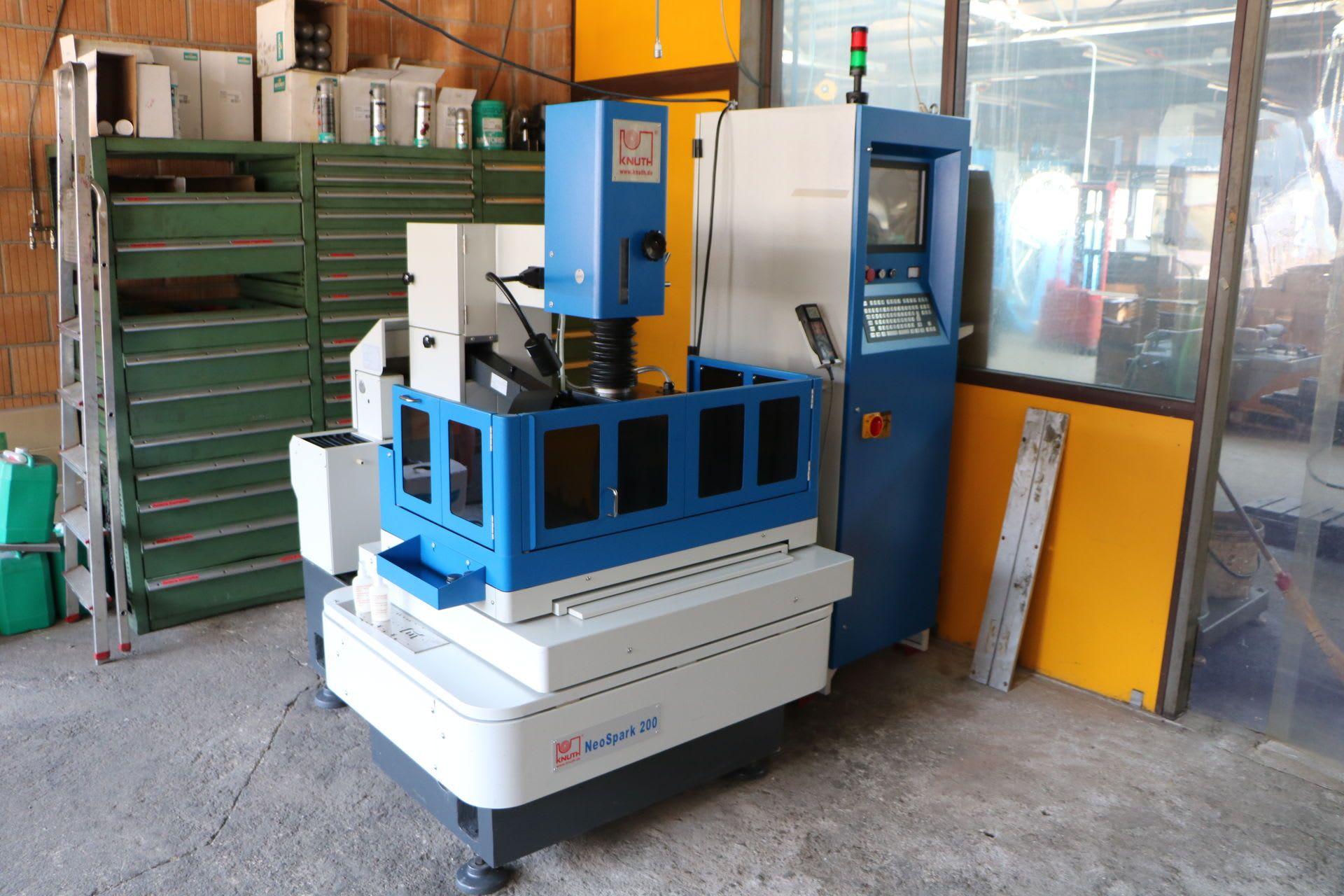 KNUTH NeoSpark 200 CNC Drahterodiermaschine