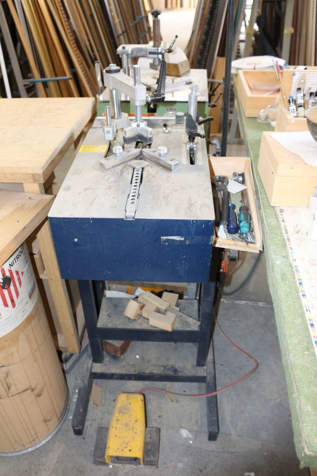 ALFAMACCHINE MINIGRAF 44 Zatürre Montagemaschine für Rahmen