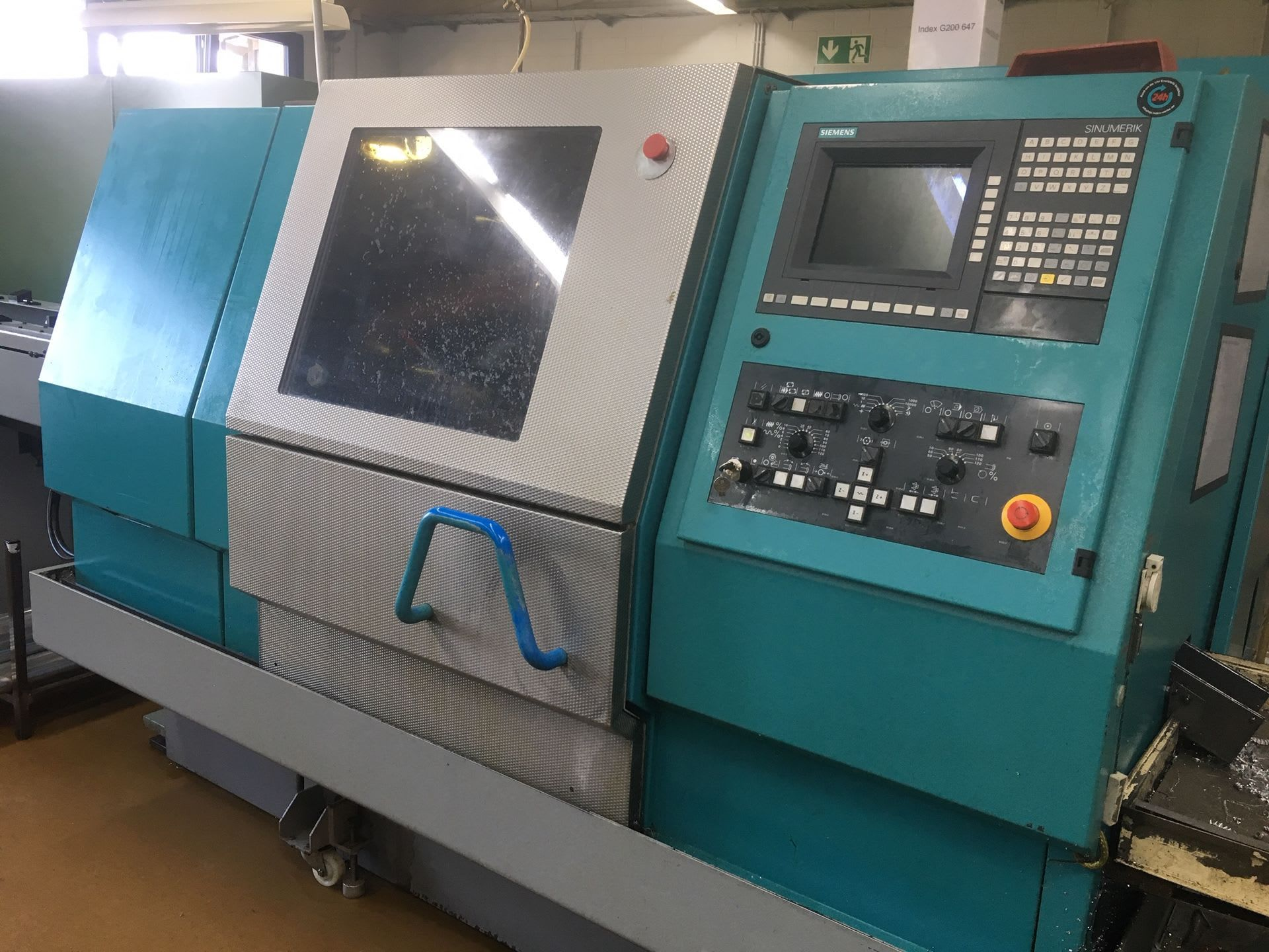 INDEX G 200 Compact CNC-Drehmaschine mit Stangenlader