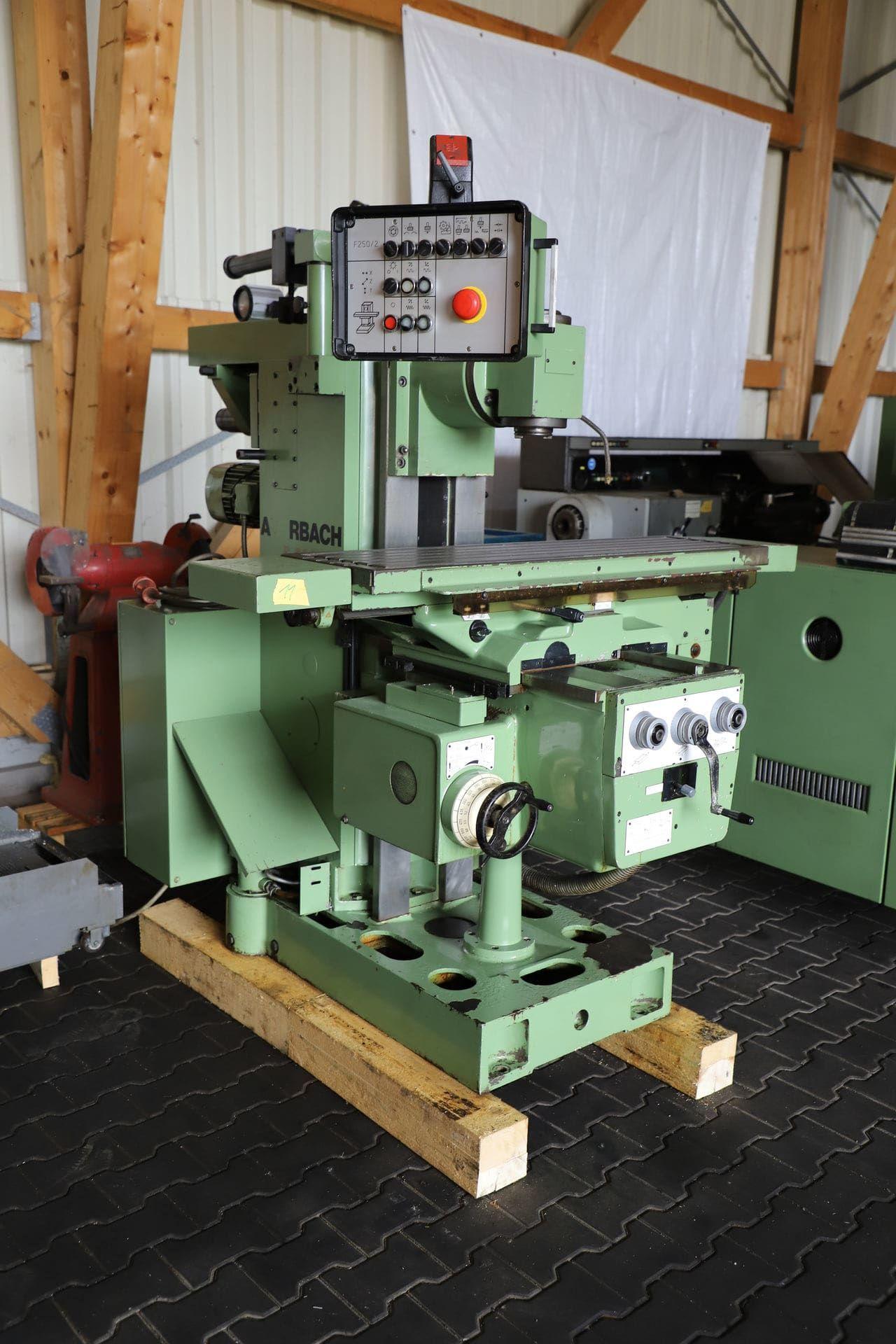 AUERBACH FW 250 X 1000 / 2 Werkzeugfräsmaschine